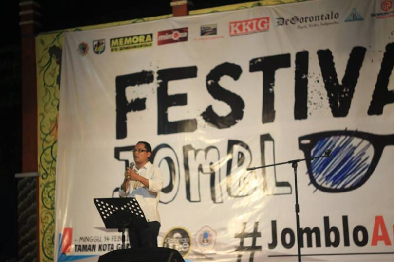 Teologi Jomblo Oleh Thoriq Modanggu di Festival Jomblo